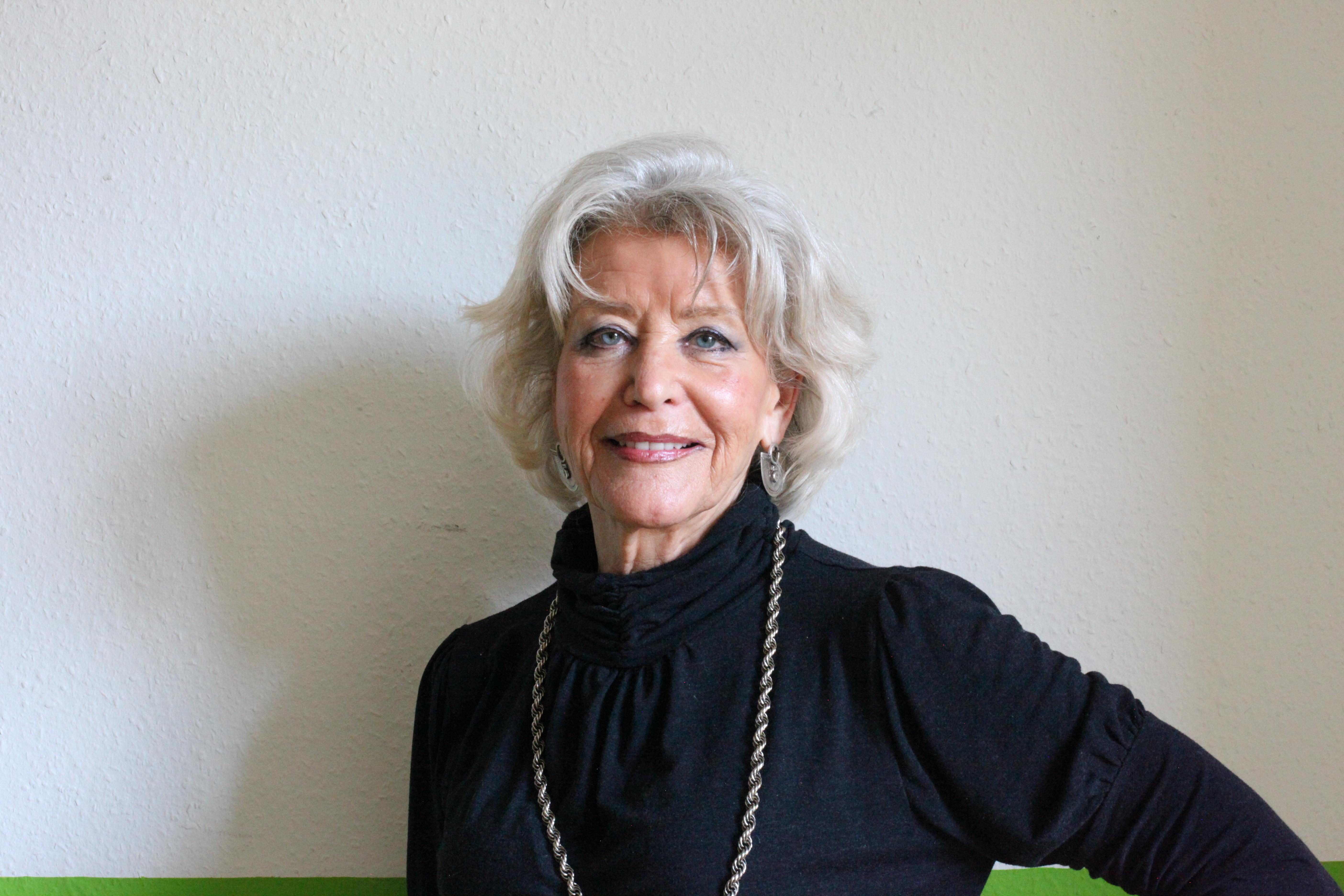 Marianne-Charlotte - German Teacher